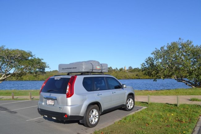 Nissan X-trail with Rooftop Tent