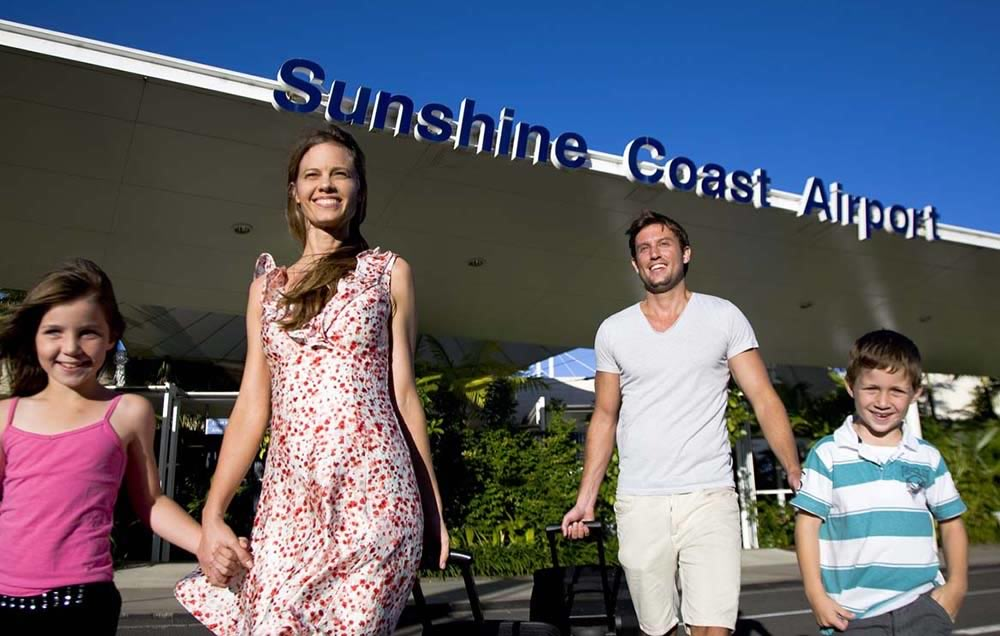 sunshine coast airport car hire customers on holiday